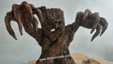 Haunted Tree DIY Halloween Prop