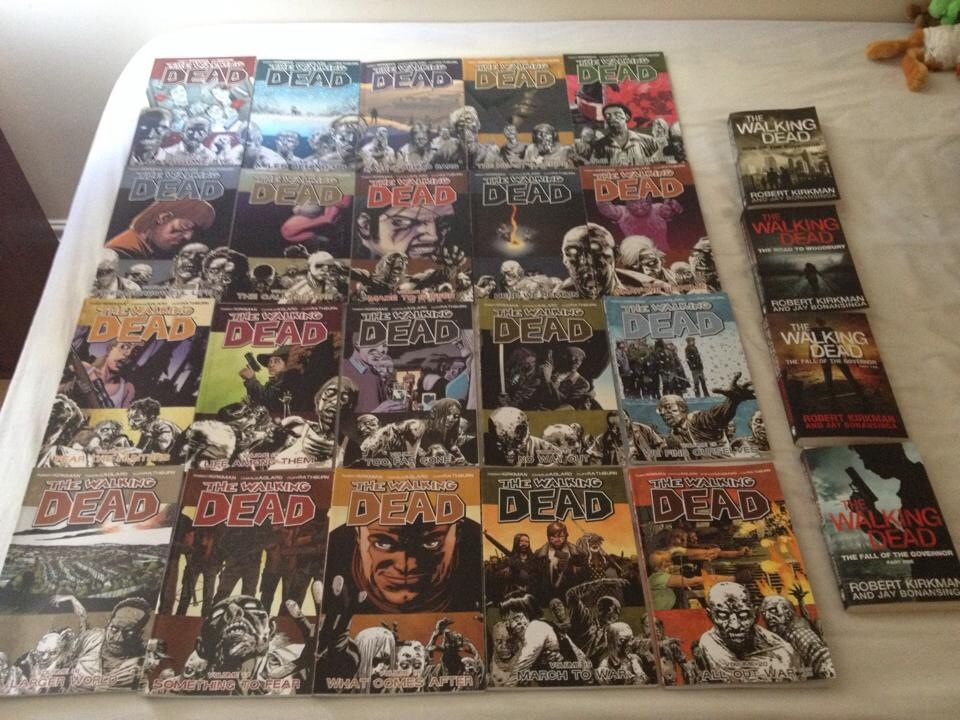 The Walking Dead Book Collection By Extraphotos On Deviantart