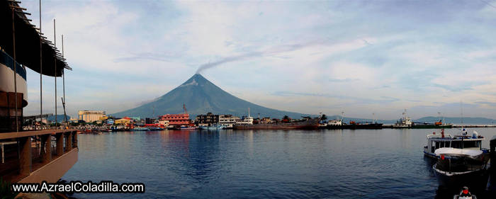 Mayon volcano view from city