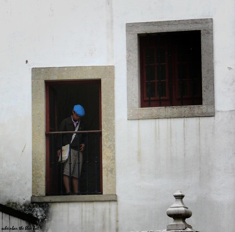 The Blue Hat by scheinbar