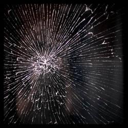Brokenids by scheinbar