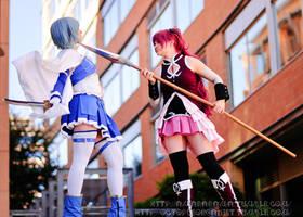 Battle I (Sayaka Miki | Kyouko Sakura) by AmaRobot