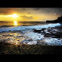 ...Sunset at Tanah Lot #1... by hattatilan