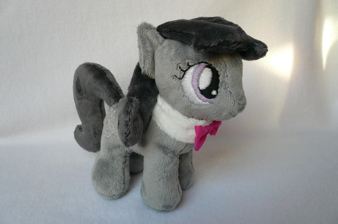 Filly Octavia by navkaze