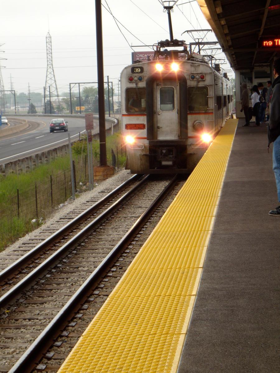 Vozovi The_Train__s_a_Comin___by_lotrgirl810