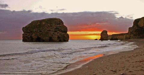 Marsden Bay Sunrise 2 by AlberichPotter