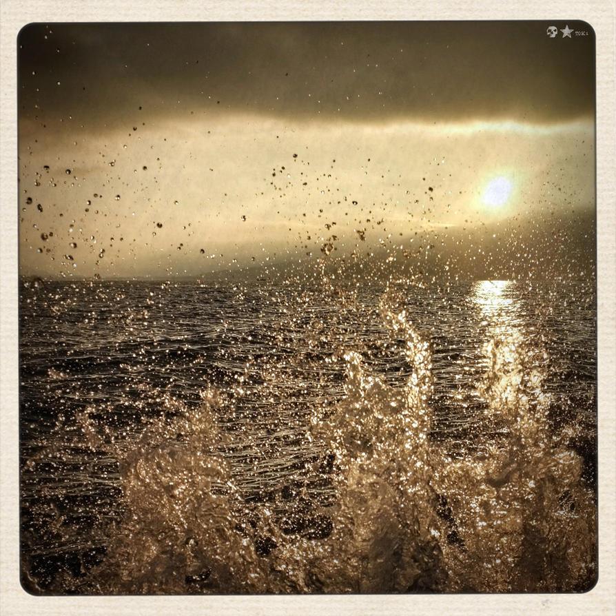 .12.11.14. by dasTOK