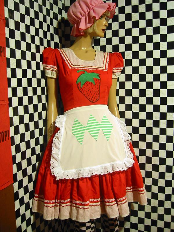 strawberry shortcake by precociousimone