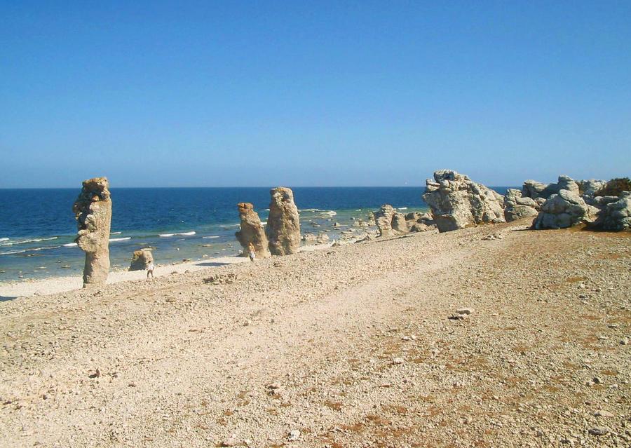 Gotland beach by LookBehindTheMirror on DeviantArt: lookbehindthemirror.deviantart.com/art/Gotland-beach-174484692