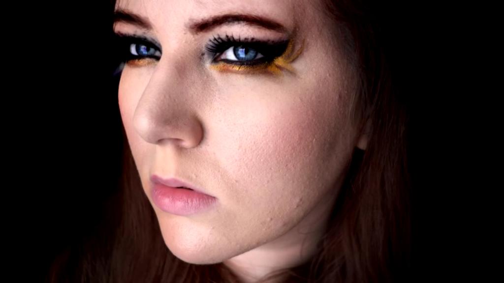 Katniss Everdeen Gold Liner Makeup Tutorial by ...
