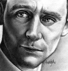 Tom Hiddleston by Mannaz11
