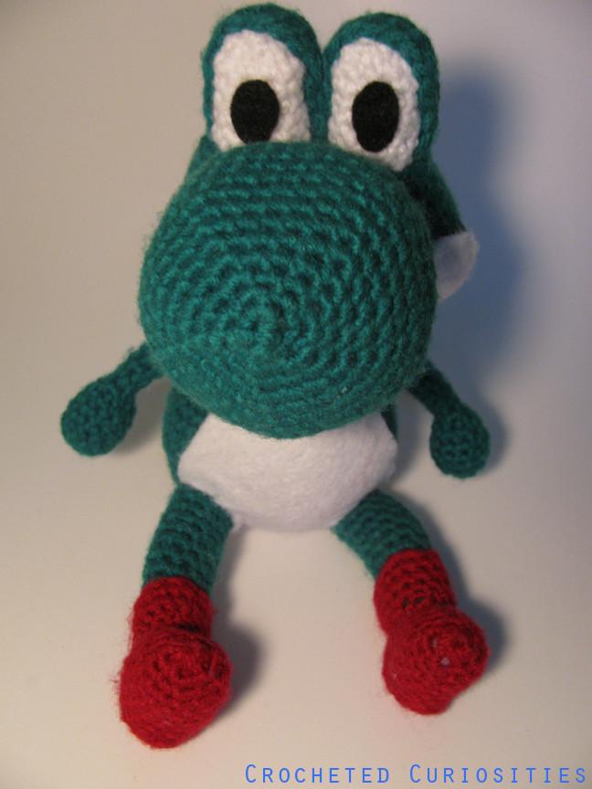 Amigurumi Yoshi Ohje : Mario Inspired Yoshi Amigurumi by CrochetedCuriosities on ...