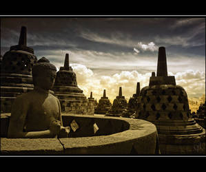 The Grace Light of Buddha by melintir