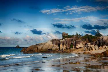 Rambak Beach by melintir