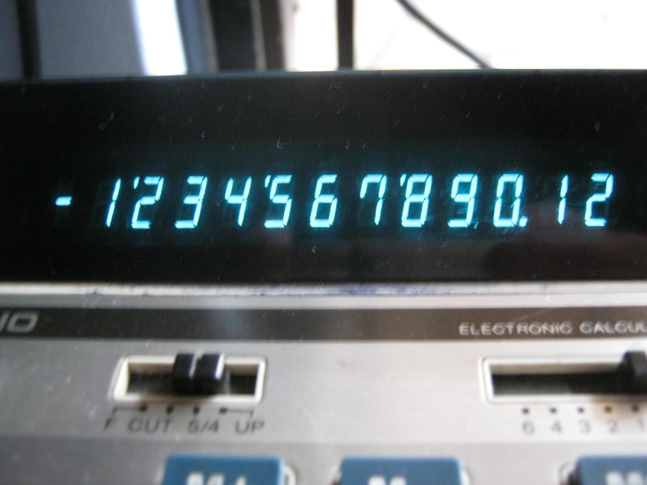Retrocalculadora VFD by carlosfelo