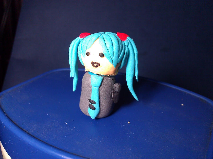 Miku Hatsune In Clay by EternalArtGirl740