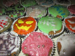 Halloween Cupcakes by XXAnemia