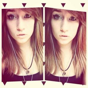 XxXWerewolf-GirlXxX's Profile Picture