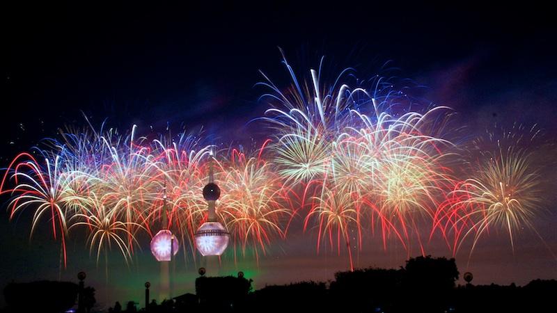 Kuwait Towers Fireworks by PORSCHER