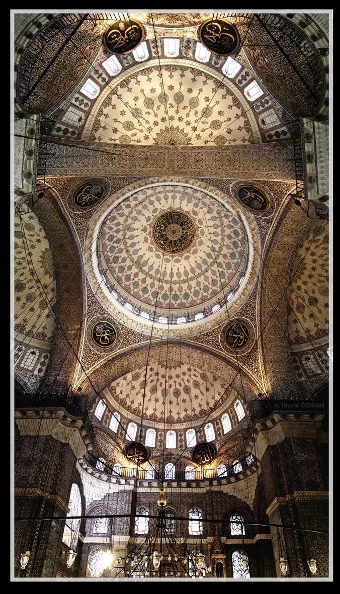 Yeni Camii - The New Mosque - Eminonu by tiryaqi
