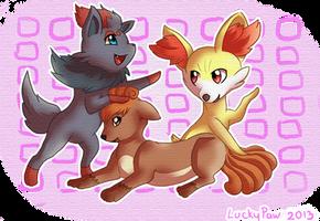 Foxieeeez by LuckyPaw