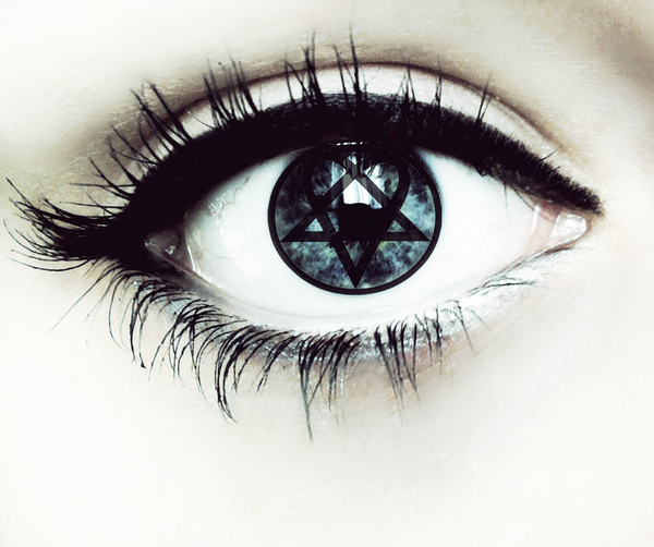 Heartagram eye