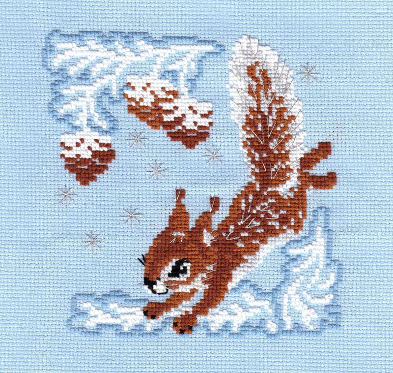 Winter squirrel by Thriin