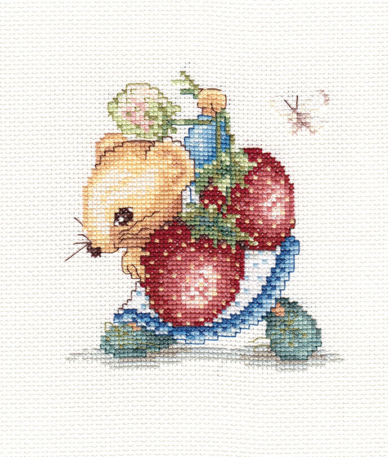Strawberry mouse by Thriin
