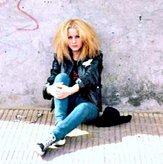 ARGENTINA-Heavy Metal Girl by DiosaLuminosa