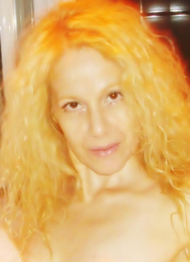 DiosaLuminosa's Profile Picture
