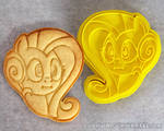 MLP Fluttershy ~ We Got Two Cakes ~ Cookie Cutter