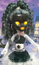 Upclose Shadow girl by drakum