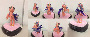 Aurora's Custom PYO Pony Finished