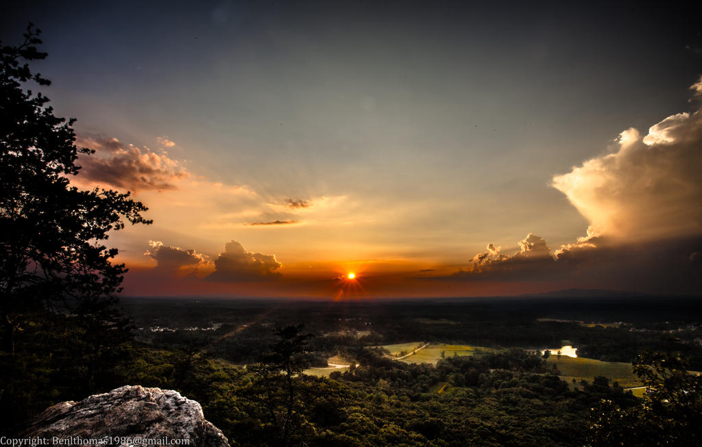 Sunset over Sawnee Mountain by rctfan2