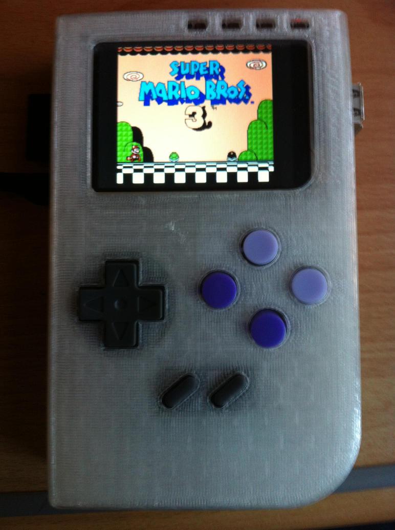 PiMO Handheld Emulator running NES games by IvanLux