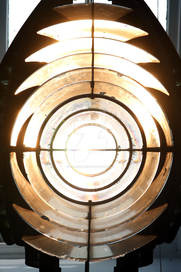 Early Fresnel Lens by peterkopher