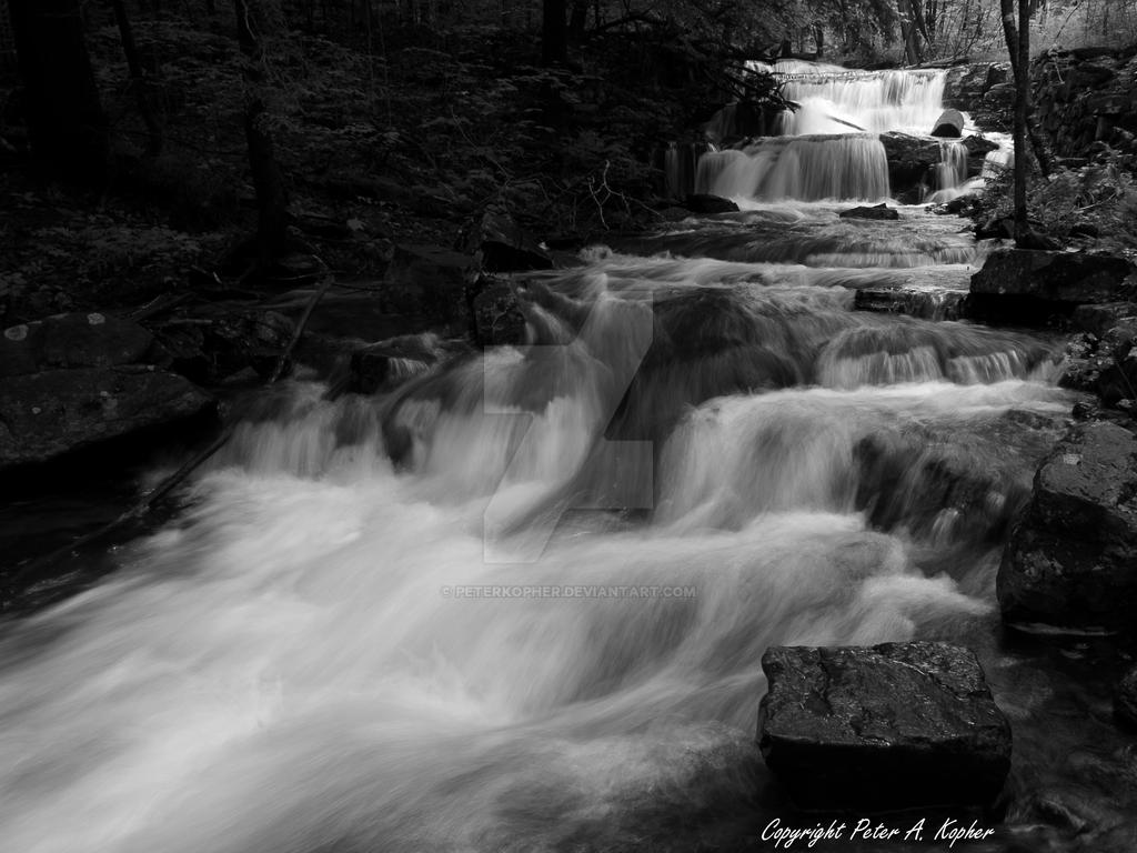 Mount Hope Brook b+w by peterkopher