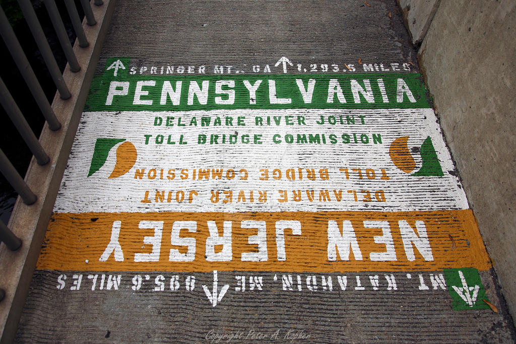 New Jersey - Pennsylvania State Line by peterkopher