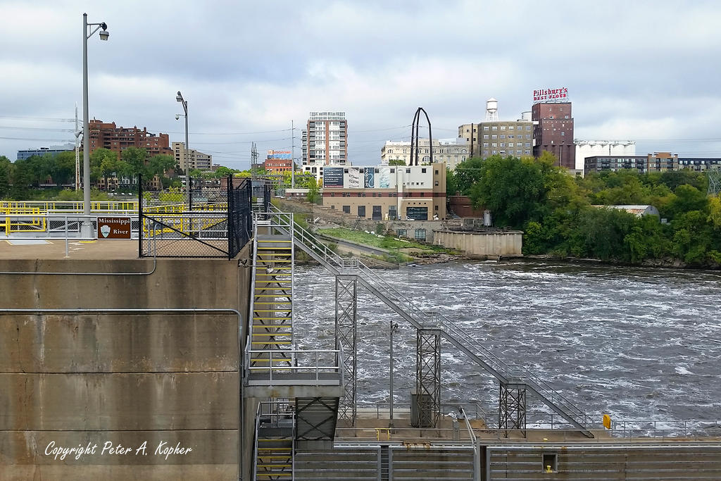 St. Anthony's Falls by peterkopher