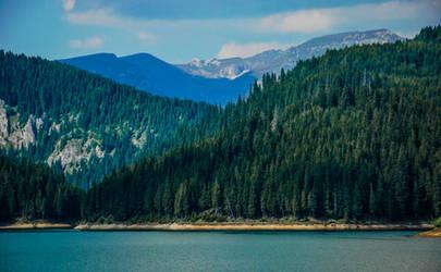 lake Bolboci and the Bucegi mountains by LucianDinca