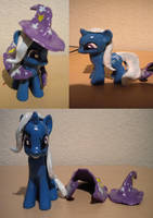 Trixie Custom by izze-bee
