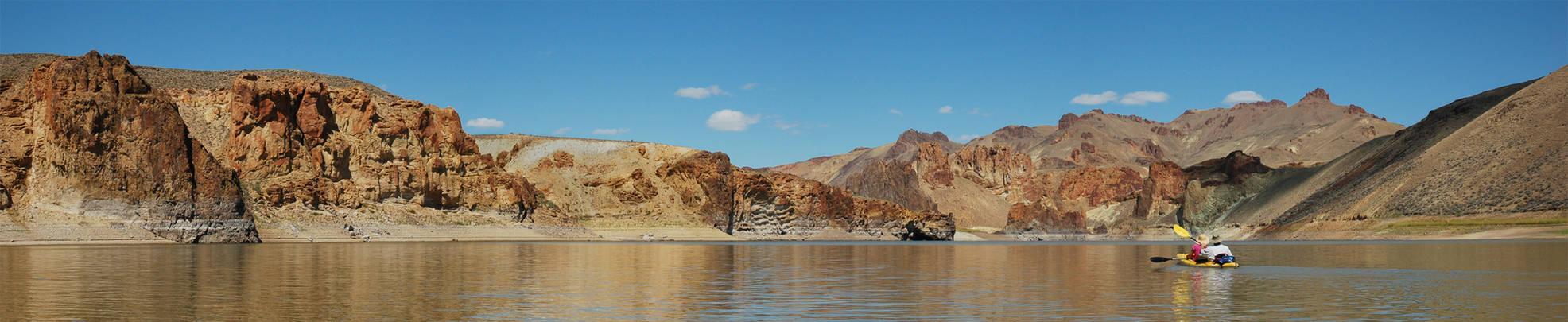 Lake Owyhee Kayaking 1