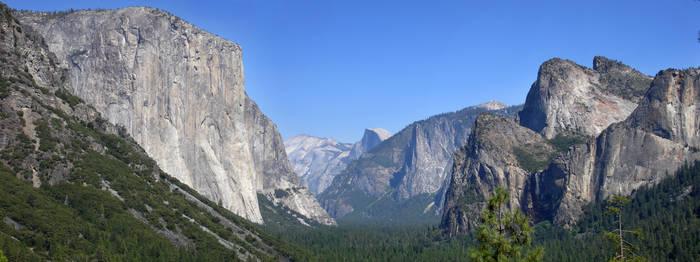 Yosemite Valley by eRality