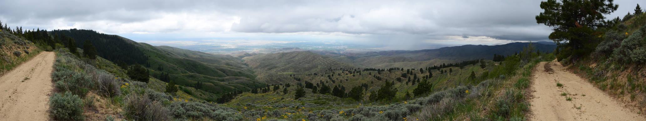 Lucky Peak Hike 2013-05-17 1