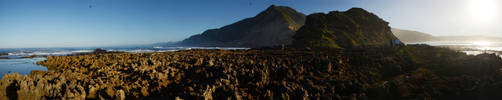 Low Tide at Lion's Head by eRality