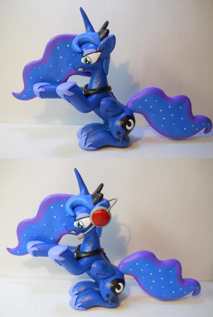 Gamer Luna by EarthenPony
