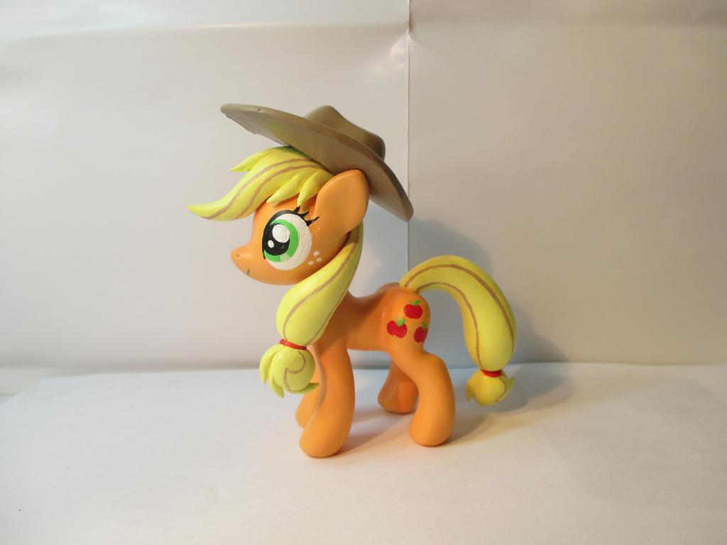 Applejack! by EarthenPony