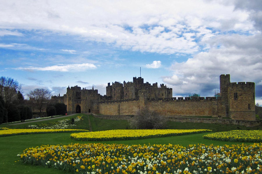 alnwick castle by maleica