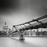 London.04 Millenium Bridge by sensorfleck