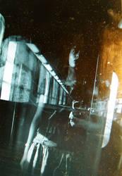 dans le train II by lynnlae